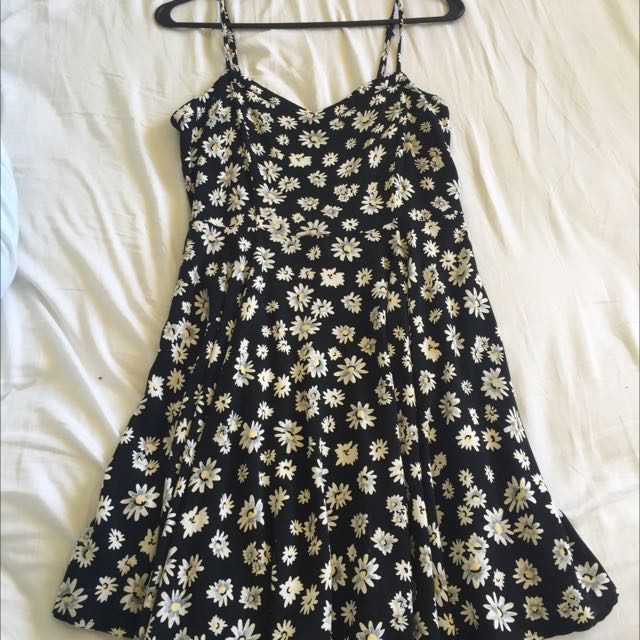 Daisy Print Fit And Flare Dress