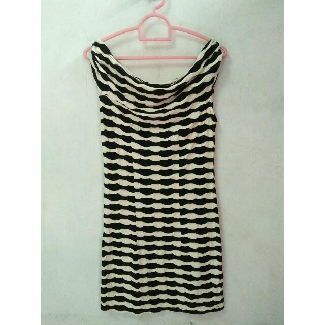 Dress Motif Hitam Putih