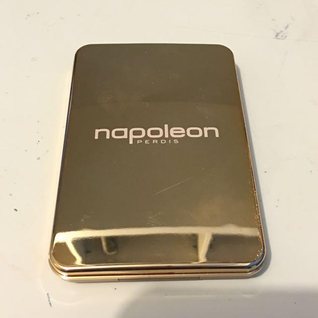 Napoleon Perdis Powder Foundation