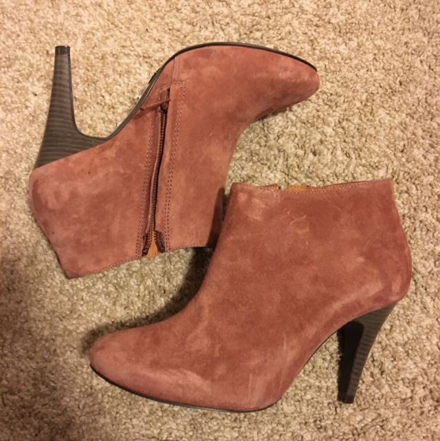 Never Worn pink Suede Booties!