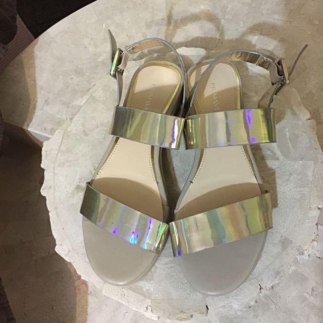New Silver Sandals Size au 6/37