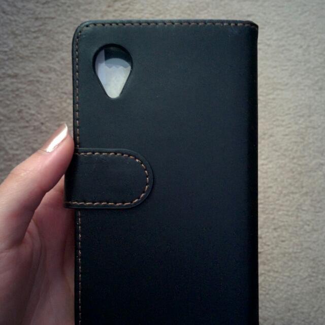 Nexus 5 Wallet Case