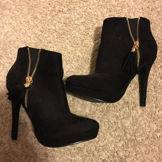Size 6 Spring Booties!