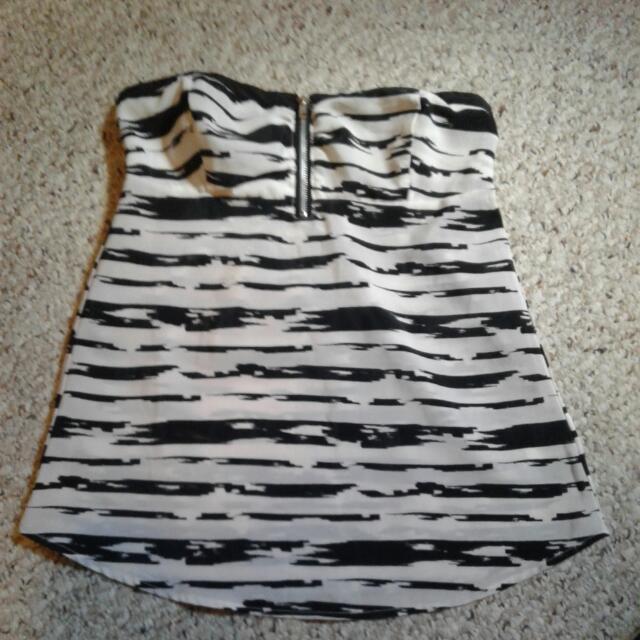 Strapless Zipper Front Top Size Medium