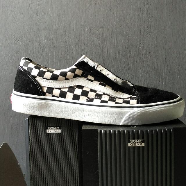 Vans Checker 9.0