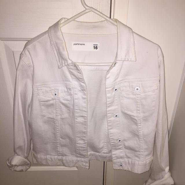 white denim jacket!