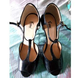 Fioni Shoes from Payless