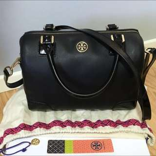 Tory Burch Robinson Middy Bag *Saffiano Leather*