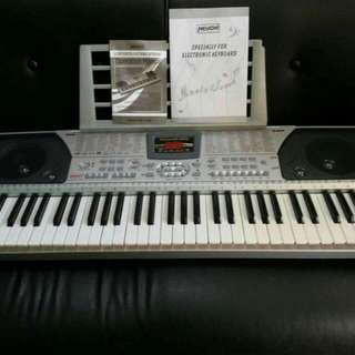 61 Keys Keyboard/Piano/Organ