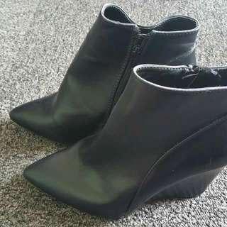 Rubi Black Boots Size 8 (Eu 39)