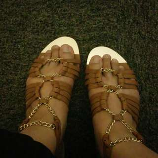 Mirrou Gladiators Size 8