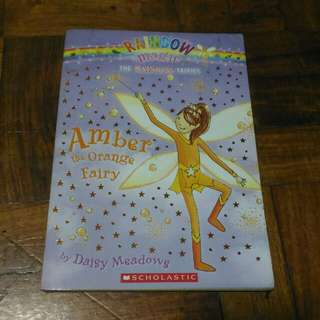Rainbow Magic: The Rainbow Fairies (Book 2) - Amber the Orange Fairy by Daisy Meadows