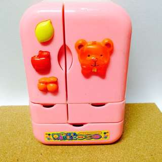🚚 降)粉紅冰箱玩食