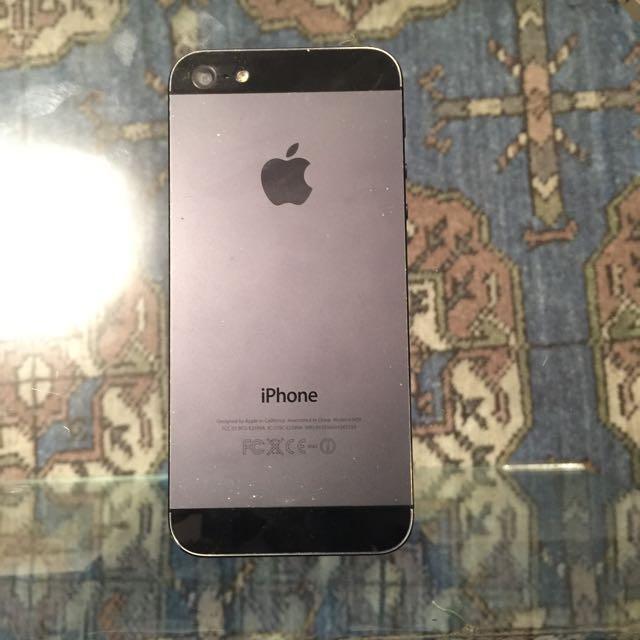 32 Gb iPhone 5 -Rogers