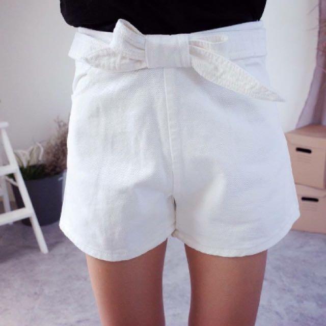 白色蝴蝶結牛仔褲