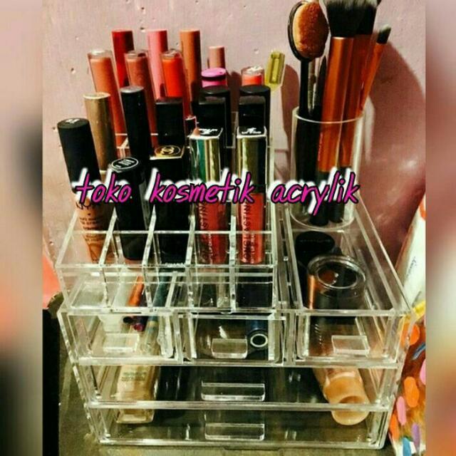 Akrilik Make Up E4