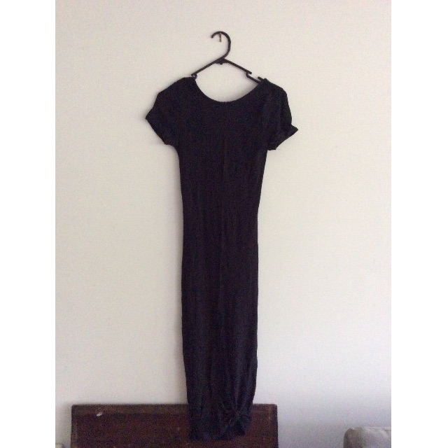Black maxi dress tight fit