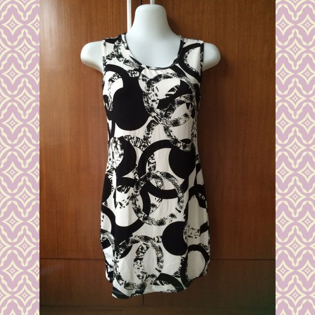 Black N White Pattern Mini Dress