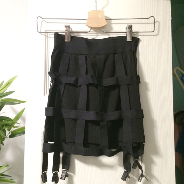 Cage Skirt W Garter Attachments