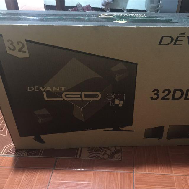 "Devant 32"" LED TV Black 32DL540"