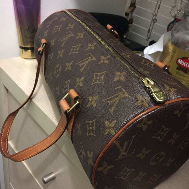 louise Vuitton -authentic