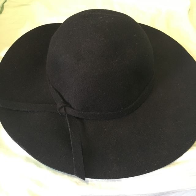 Miss Shop Black Felt Floppy Hat