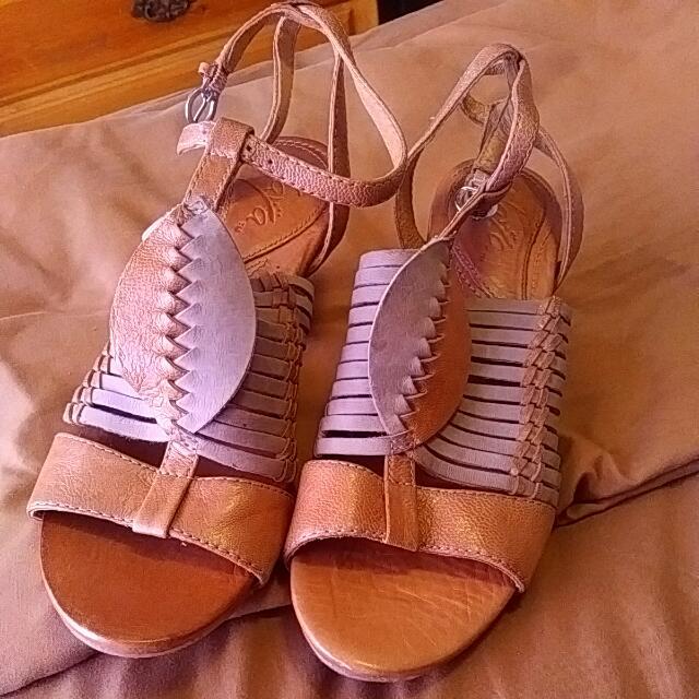Naya Genuine Leather Sandals