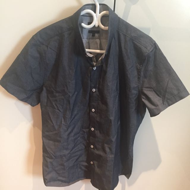 RW & CO Button Up Shirts