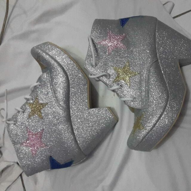 Shoes Cheer Up