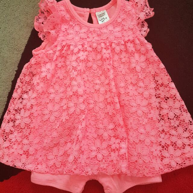 Size 0 girl's apparel (Baby berry)