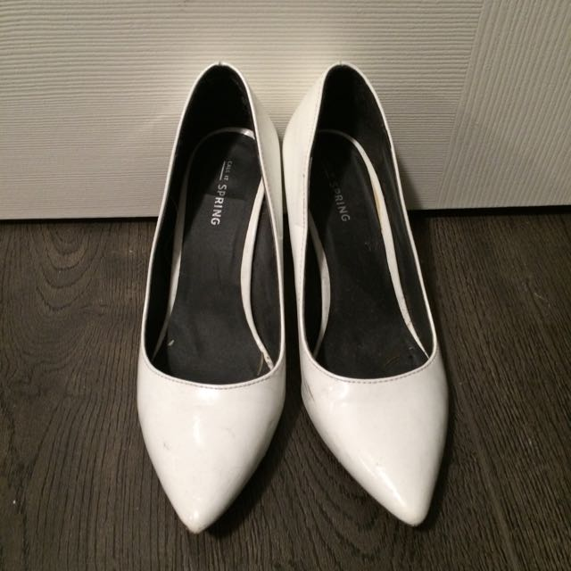 Spring White Pumps Size 7.5