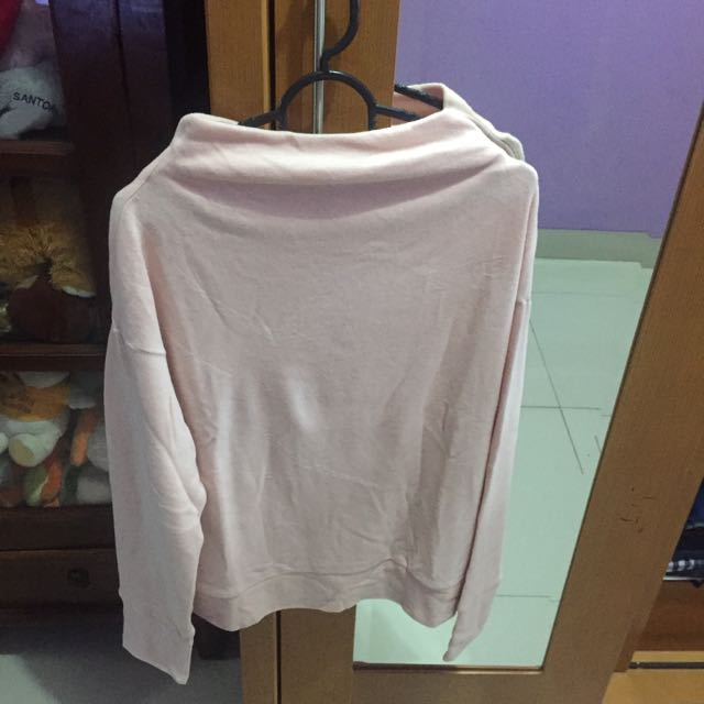 Sweater Merk Uniqlo