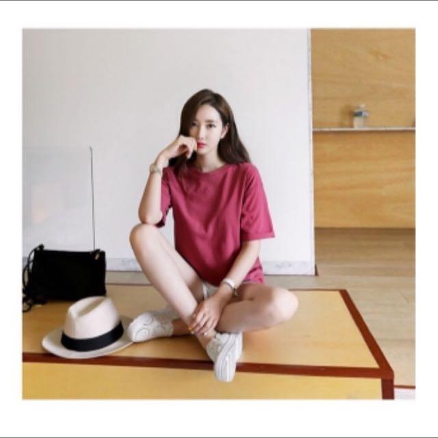 酒紅色短袖T恤
