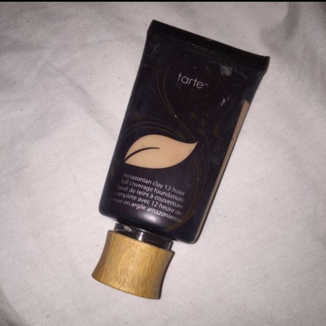Tarte Amazonian Clay Foundation Shade Light Sand