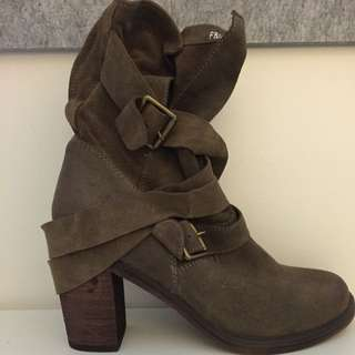 Jeffrey Campbell Buckled Boots Size 7