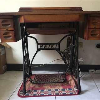 古董裁縫車