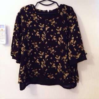 Floral Top For Moms