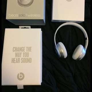 Beats Solo 2 Wireless Silver