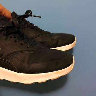 Nike Air Max Thea (leather Ladies Size 8)