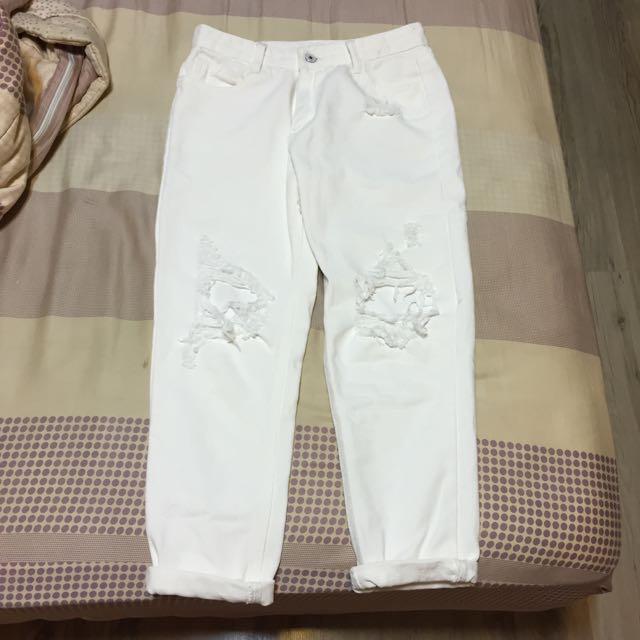 白色破褲 男友褲