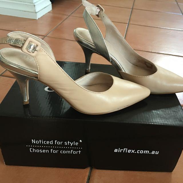 Air flex Nude Heels