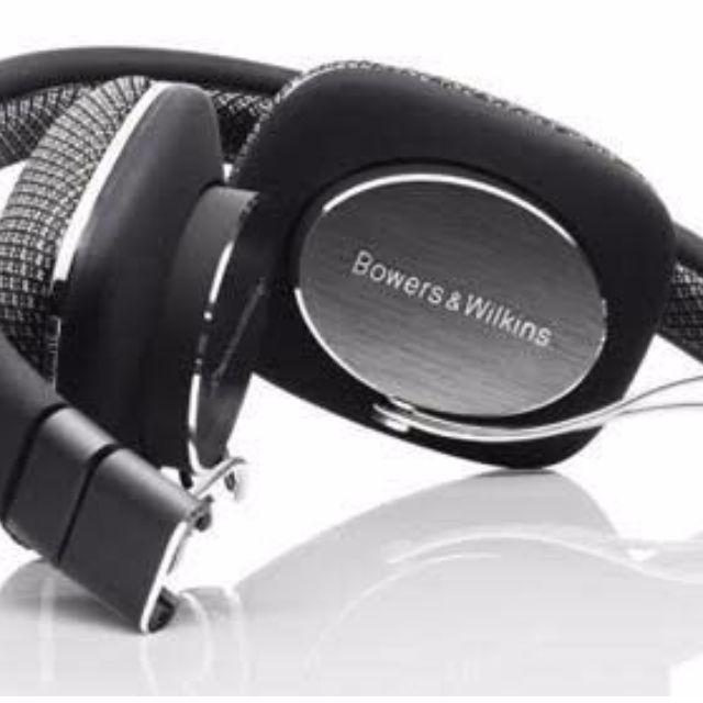 Bowers & Wilkins P3 Headphones B&W