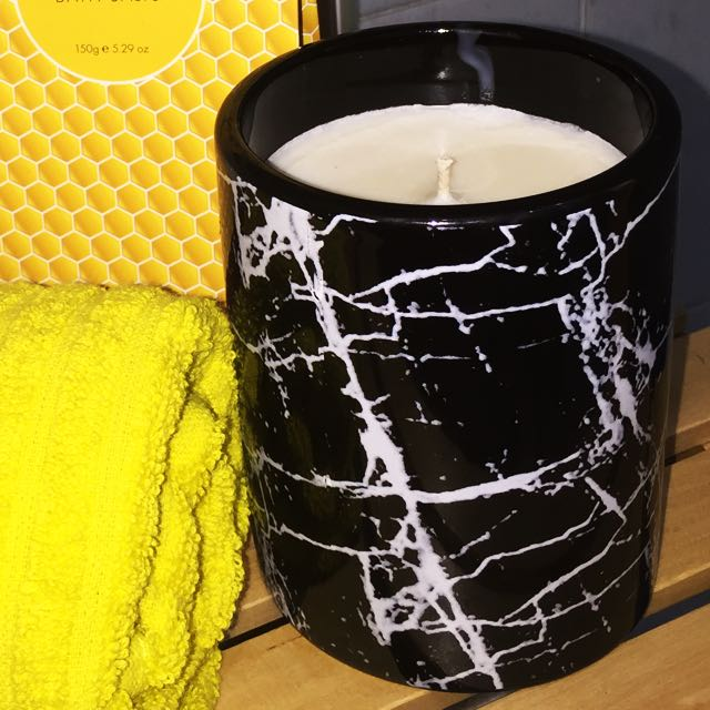 Chamomile And Grapefruit Candle