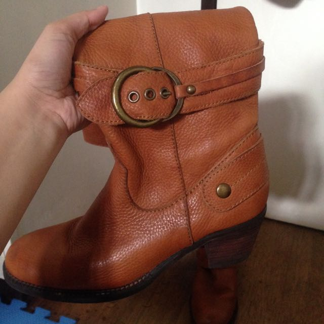 Repriced!! Dr. Kong Hand Made Leather Boots