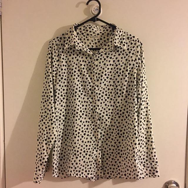 Heart print shirt size xs au8