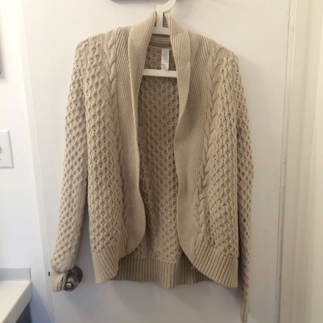 Knitted Beige Cardigan