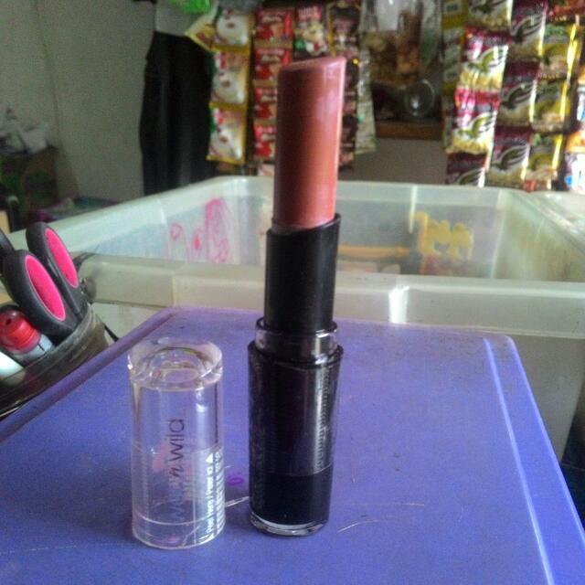 Lipstik Wet N Wild