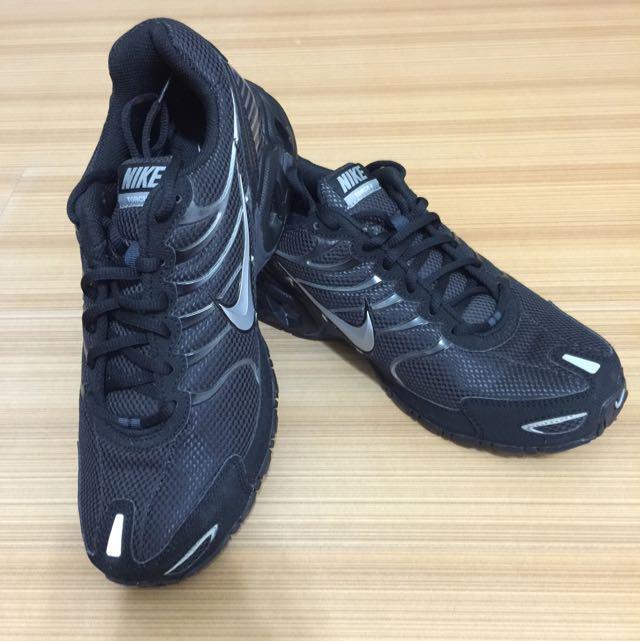 賣二手Nike運動鞋