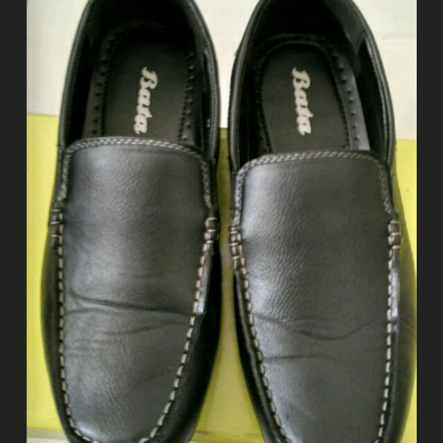 Sepatu BATA no 6