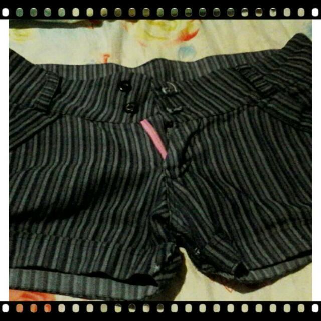 Stripe Short
